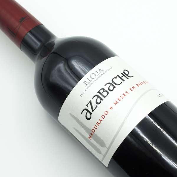 Azabache Rioja Tinto lying down