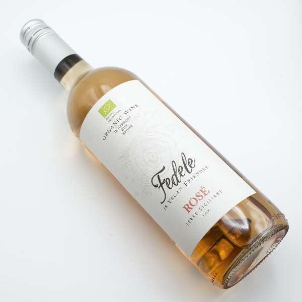 Fedele organic Sicilian rose wine