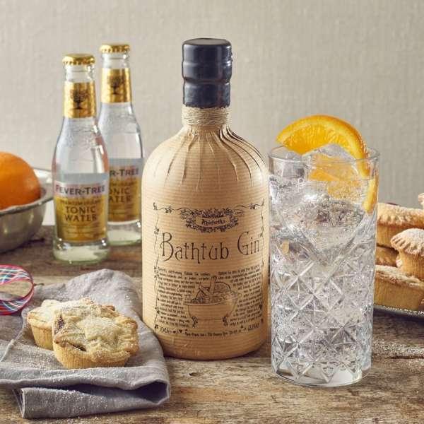 bathtub gin and tonic